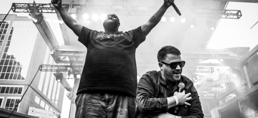 run-the-jewels-attacked-onstage-by-unidentified-fan-6