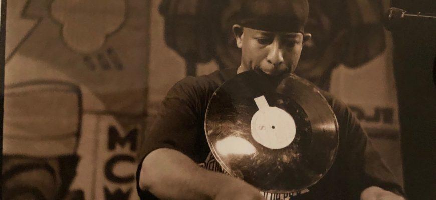 DJ Premier Pic--Vinyl In Mouth