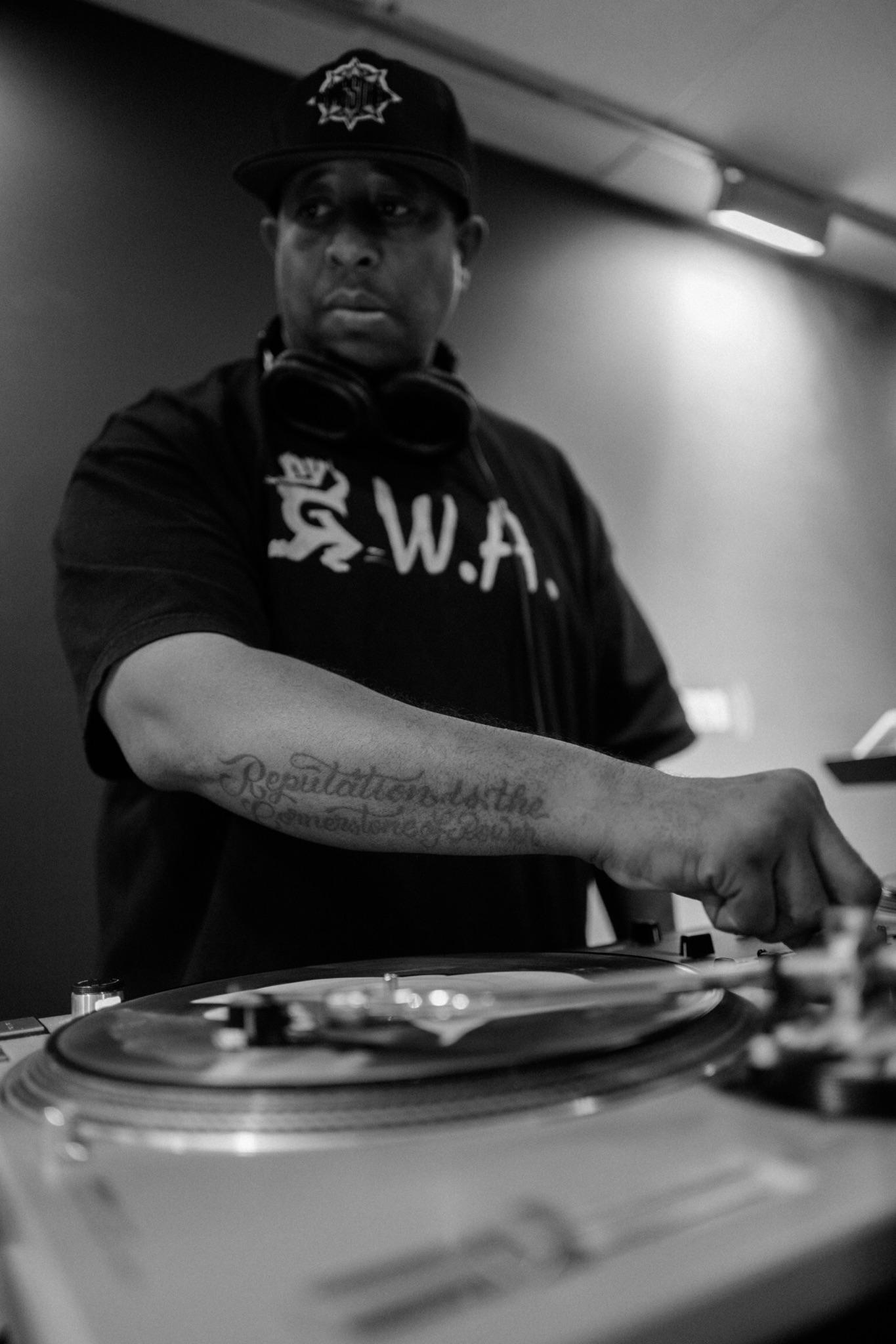 DJ PREMIER - LIVE FROM HEADQCOURTERZ RADIO SHOW FOR 2/24